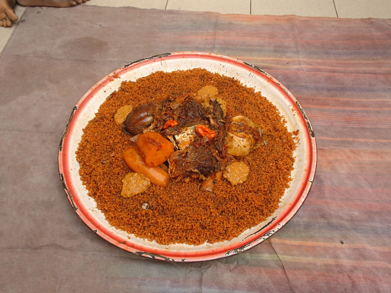 セネガルの家庭料理「チェブジェン」をご紹介